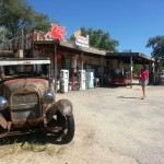 Een oude shop in Hackberry langs de Route66.